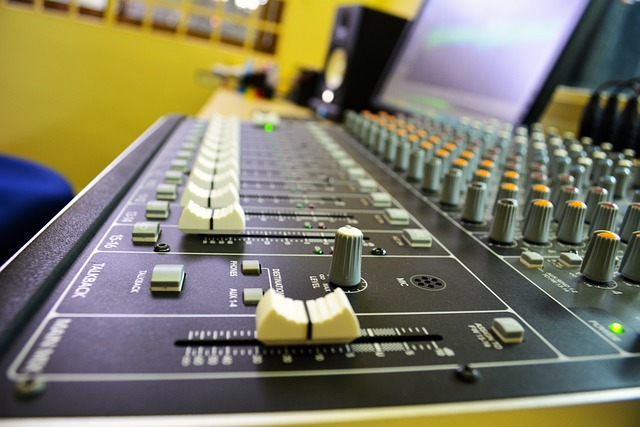 digital audio mastering|audio mastering engineer|master your track online|best mastering engineers|master my track