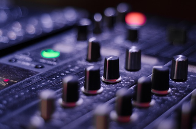 digital audio mastering|audio mastering engineer|master your track online|best mastering engineers|master my track