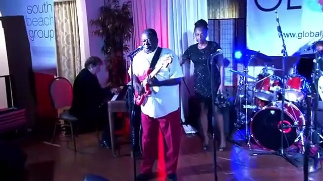 More Rhythm and Blues with Ike and Val – and a Piano Solo!